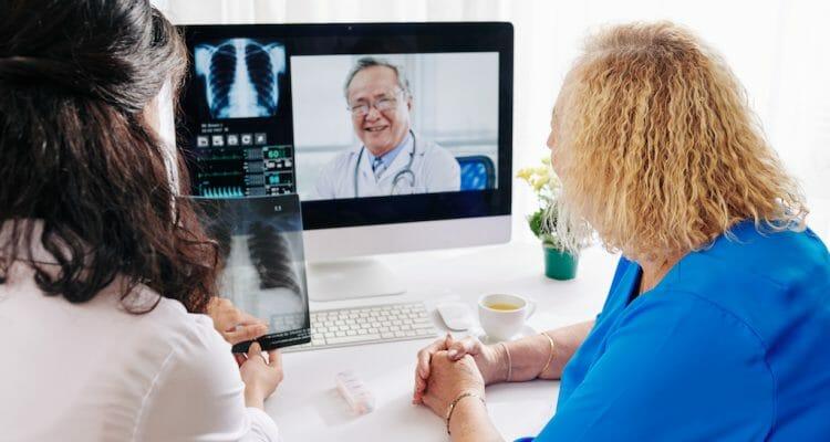 遠距醫療 (Telemedicine)