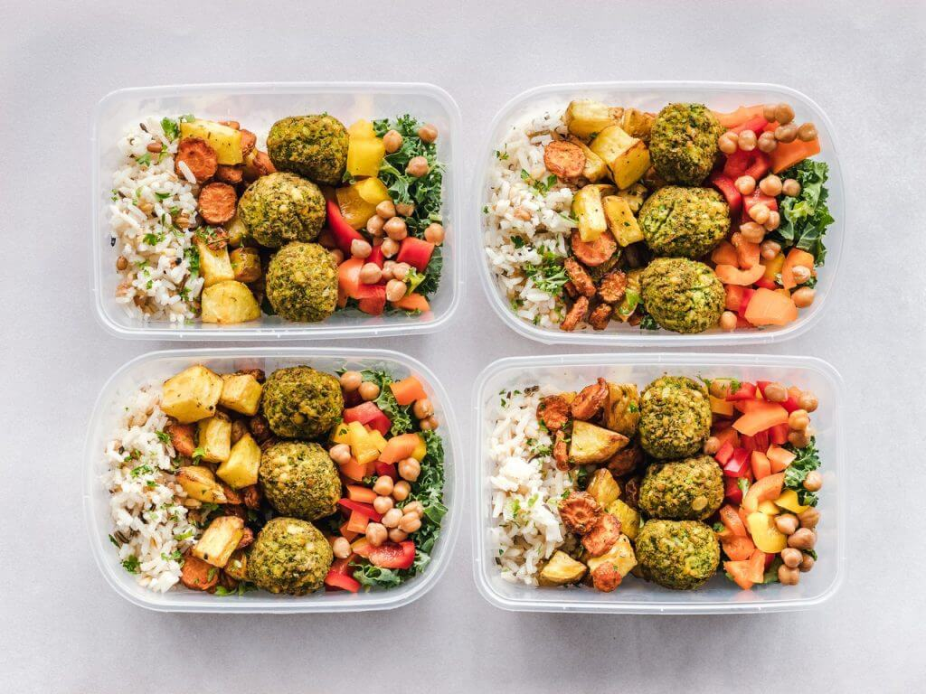 This article is about healthy meals for seniors. Images are for illustrative purposes only.